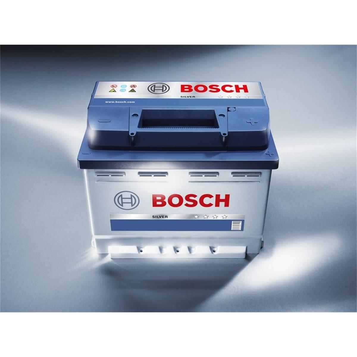 Batterie voiture Bosch S4 000 42Ah 390A 12V Feu Vert